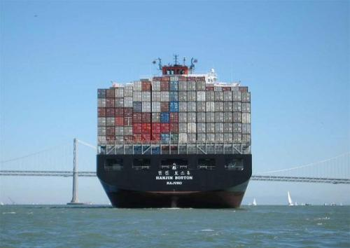 5-container-ship-arriving-at-the-sf-bay